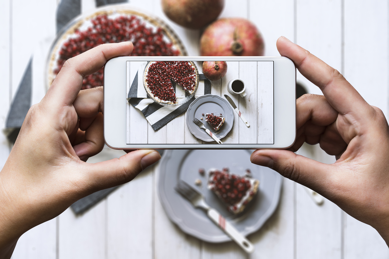 Instagramming food